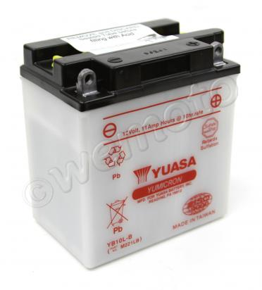 Piaggio X8 250ie (250cc) 05-06 Batteria Yuasa