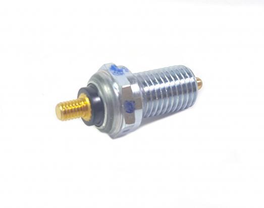 Honda XL 125 V1 Varadero 01 Neutral Switch on Engine
