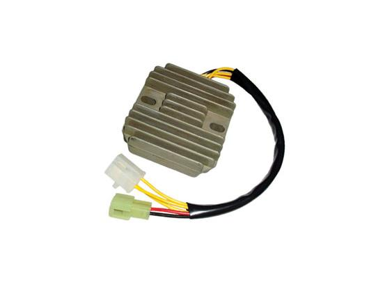 Suzuki GS 500 EW (French Market) 98 Regulator Rectifier - by Electrex