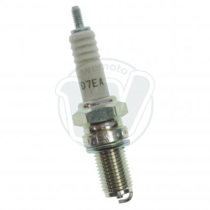 BMW K 100 RS    (Non ABS - 8 valve) 83-88 Spark Plug NGK