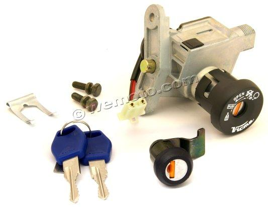 Picture of Honda SES 150 Dylan 02 Ignition Switch Plus Lock Set