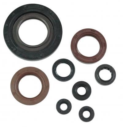 Picture of Athena Engine Oil Seals Kit - Aprillia RS250 95-01 / Suzuki RGV250 89-96