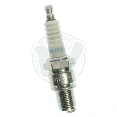 Picture of Suzuki JR 80 K1/K2/K3/K4 01-05 Spark Plug NGK