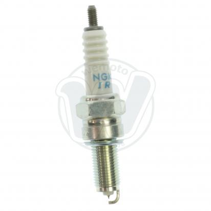 Picture of NGK Spark Plug SIMR8A9 Laser Iridium
