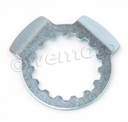 Picture of Front Sprocket Retaining Plate as Yamaha 290215-25003